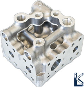 Hydraulikkomponenten » Hydraulik-Ventilblock in metallischer Leichtbauweise